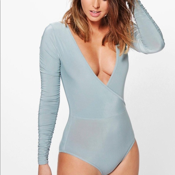 7c62e2a4f9258 Boohoo Tops | Coral Ruched Long Sleeve Bodysuit | Poshmark